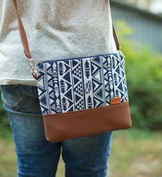 Handbag Gift for her Boho crossbody bags Christmas by CRAFTSFAIRua