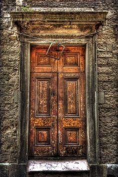 Side door of St Paul's Church, Smithfield, Dublin. (1835)