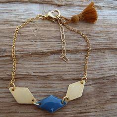 Bracelet chaîne dorée et losanges dorés et bleu gris