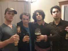 Raise your glass! ;) Old picture, love it