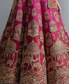 Looking for Bridal Lehenga for your wedding ? Dulhaniyaa curated the list of Best Bridal Wear Store with variety of Bridal Lehenga with their prices Wedding Lehenga Designs, Wedding Lehnga, Desi Wedding Dresses, Designer Bridal Lehenga, Indian Bridal Lehenga, Indian Bridal Outfits, Indian Bridal Wear, Bridal Dresses, Designer Indian Dresses