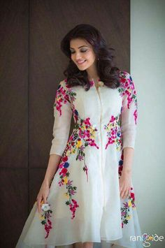 Kajal Agarwal Off White Georgette Party Wear Kurti - Sale Kurta Designs, Blouse Designs, Pakistani Dresses, Indian Dresses, Indian Outfits, Anarkali Dress, Party Kleidung, Desi Clothes, Western Dresses