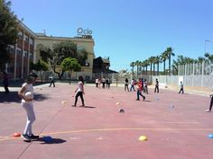 This is the Physical Education in 1°C with the coaches and players.