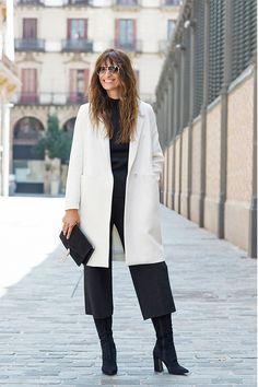 How to dress like a Parisian - oder: Caroline de Maigret x Uterqüe - amazed Paris Chic, Dress Like A Parisian, Parisian Style, White Fashion, Paris Fashion, Autumn Fashion, French Girl Style, French Girls, Parisienne Chic