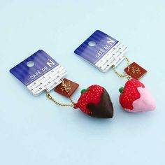 Cafe De N Dipped Strawberry Squishy Charm