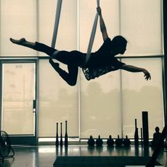 I was trying to figure out the transition into a low roll around and i think this is it! inverted straddle, single leg crochet into arabesque, then this! great extension!!!