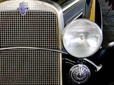 1931 Chevy grille http://www.genealogyintime.com/GenealogyResources/Wallpaper/Vintage_Car_Series_1/images/1931_Chevrolet_woody_front_grill.jpg