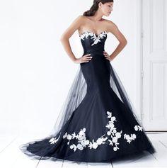 un traje de #novia negro con detalles en blanco, a mi me gusta, lo encuentro elegante y original
