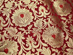 Red Silk Brocade Fabric, Banarasi Silk Brocade Fabric by the Yard, Banaras Brocade Silk Red Gold Weaving for Wedding Dress, Indian Art Silk Cotton Silk, Printed Cotton, Art Chinois, Art Japonais, Indian Fabric, Brocade Fabric, Jacquard Fabric, Red Silk, Fabric Material