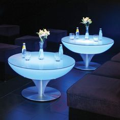 Leuchttisch Lounge Table Indoor H 45 cm von Moree Table Led, Light Table, Dining Table, Luminaire Led, Led Lampe, Mesa Sofa, Led Röhren, Luminous Colours, Cool Lighting
