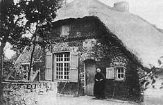 Peelverhalen Old Pictures, Old Photos, Old Farm Houses, Picture Credit, Holland, Dutch, Summertime, Farmhouse, Exterior