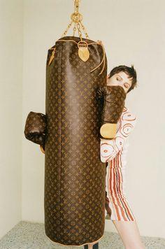 Louis Vuitton Boxing Bag   Gloves Accesorios, Estilo, Artsy Mm De Louis  Vuitton, b6064e86e6b