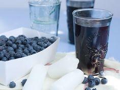 Blauwe-bessenconfituur - Libelle Lekker! Vegan Recepies, Good Food, Yummy Food, Recipe Images, B & B, Glass Of Milk, Fruit, Healthy Recipes, Homemade