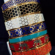 Happy Saturday!  🛍🍩🍹 #schomburgs #jewelers #shoplocal #familybusiness #columbusgeorgia #since1872 #halcyondays #madeintheuk #bracelets #bangles #enamel #stacks #stackurday #saturdaysareforshopping #colorful #giftsforher #yesplease #jewelry #jewelrygoals