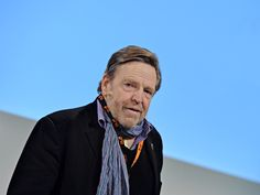 Its Been 20 Years Since This Man Declared Cyberspace Independence John Perry Barlow, Future Trends, Lisa S, Cryptocurrency News, Declaration Of Independence, Equal Rights, This Man, The Guardian, 20 Years