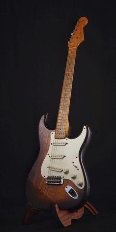 Surf Guitar, Guitar Rig, Guitar Shop, Cool Guitar, Rare Guitars, Fender Guitars, Fender Vintage, Vintage Guitars, Banjo