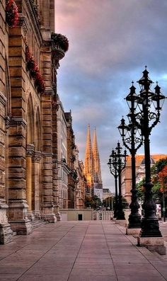 Viena, Austria start here and then go to Salzburg Innsbruck, Places To Travel, Places To See, Places Around The World, Around The Worlds, Wonderful Places, Beautiful Places, Bósnia E Herzegovina, European Travel