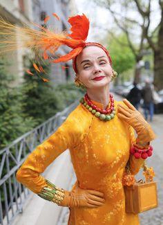 Style Funky, Ari Seth Cohen, Stylish Older Women, Mode Costume, 50 And Fabulous, Berlin Fashion, Mein Style, Advanced Style, Ageless Beauty