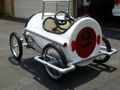 The speeder, a pedal car built from a plastic drum - DIY plans