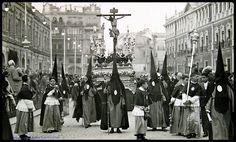 Hermandad de San Bernardo .Cristo de la Salud, obra de autor anónimo pero fuertemente atribuído a Pedro Roldán