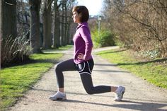 running stretches, dynamic stretches, stretch before run, running warm-up Best Leg Stretches, Pre Run Stretches, Stretches Before Running, Stretches For Runners, Stretching, Running Warm Up, After Running, Running Tips, Start Running