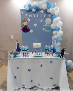 Frozen Birthday Theme, Frozen Themed Birthday Party, 2nd Birthday Parties, Birthday Balloons, Frozen Party Decorations, Birthday Party Decorations, Festa Frozen Fever, Dinosaur First Birthday, Frozen Princess