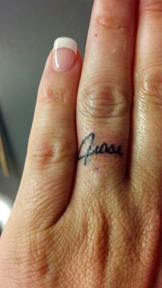 20 Cheesy Wedding Ring Tattoos Ideas And Designs