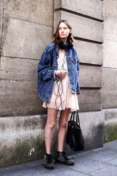 パリスナップ:初夏のパリはストリートムード! | FASHION | ファッション | VOGUE GIRL