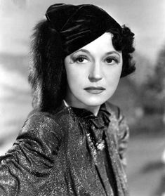 1939 - October 28 : Alice Brady, American actress, died of cancer at the age of 46.