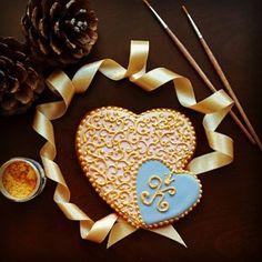 #kukiartdecor #cookieart #kurabiye  #kurabiyeantalya #antalyakurabiye #antalyawedding #wedding #evlilik #engagement #engagementparty #nişan #nişanşekeri #nişankurabiye #nişankurabiyesi #birthday #doğumgünü #birthdaygift #doğumgünühediyesi #gift  #hediye #anniversary #yıldönümü #handmade #king #kral #crown #taç #monogramcookies #organizasyon #hearts
