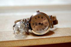 Armbanduhren -  Pusteblume Uhr mit Korkband - ein Designerstück von Mirakel1807 bei DaWanda Shops, Alarm Clock, Pocket Watch, Watches, Accessories, Wrist Watches, Projection Alarm Clock, Tents, Wristwatches