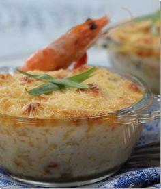 Un gratin de fruits de mer rapide et facile à faire avec une savoureuse crème béchamel, onctueuse et goutteuse ...