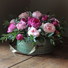 The Real Flower Company Scented Mixed Pink Hat Box Arrangement showcases the best of our exquisite pink and fabulously scented garden roses. Arranged with our garden herbs and foliage in one of our signature hat boxes, the flowers needs no further arranging on delivery.