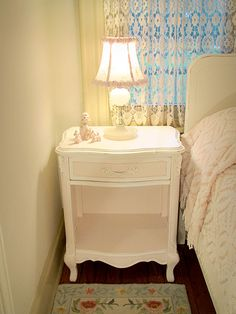 Lovely French Provincial White/Pink Vintage Nightstand