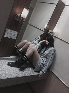 """tired, worn out, """"casual model"""" Uzzlang Girl, Sad Girl, Grunge Photography, Photography Poses, Aesthetic Grunge, Aesthetic Girl, Cute Korean, Korean Girl, Style Ulzzang"""