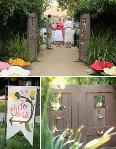 flower initials on door