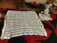 Ripple blanket and matching comfort blanket following the Bella coco ripple tutorial ❤