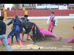 El triunfo de Roca Rey y la cogida un susto en la corrida de Andújar