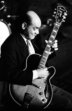 Joe Pass on tour with Ella Fitzgerald - 1975