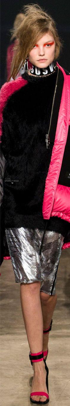 Versus Versace Fall 2017 RTW
