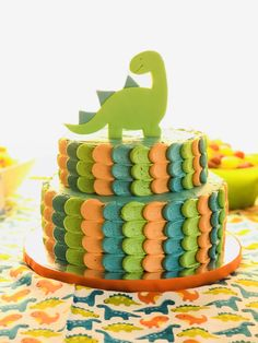 Custom Dinosaur Birthday Invitations Best Of Dinosaur Birthday Cake In 2019 Dinosaur First Birthday, 1st Birthday Cakes, 1st Boy Birthday, Boy Birthday Parties, Birthday Ideas, 1st Birthday Party Decorations, Birthday Photos, Wedding Decorations, Wedding Ideas