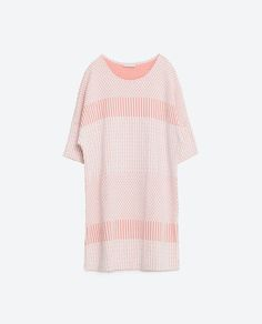 Image 8 of TWO-TONE JACQUARD DRESS from Zara