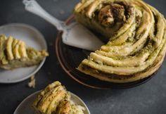 How to Make Cheesy Herb Swirl Bread