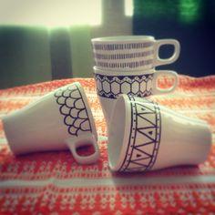 Tazze thè/latte con decorazioni geometriche_Design Craft www.designcraft.it