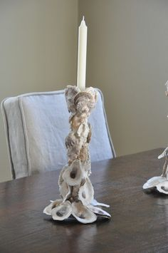 Oyster shell candlestick, have no idea what they are adhered to, but pretty! Oyster shell candlestick, have no idea what they are adhered to, but pretty! Seashell Art, Seashell Crafts, Beach Crafts, Diy And Crafts, Arts And Crafts, Starfish, Oyster Shell Crafts, Oyster Shells, Sea Shells