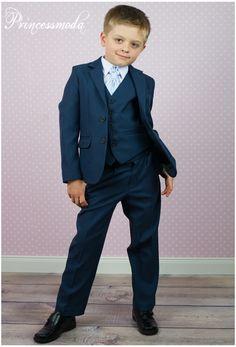 f r ihre festlichkeit eleganter dunkelblauer anzug. Black Bedroom Furniture Sets. Home Design Ideas