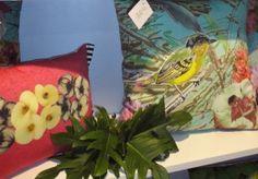 Noble Savage: Sucesso capixaba na paralela gift 2012 « Arquitetura e Design Cushions by brazilian artist Simone Monteiro