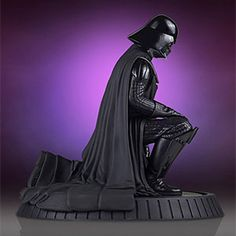 Star Wars Collector's Gallery Darth Vader 1/8th Scale Statue Additional Image