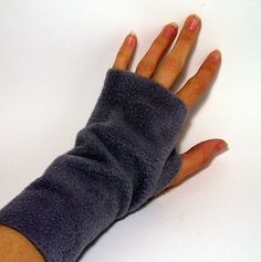 simple fleece fingerless gloves