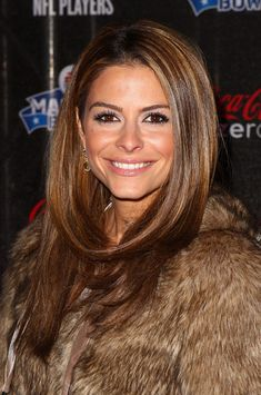 I love Maria Menounos' hair style and color!